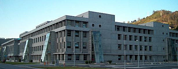 Edificio principal de la Escuela Politécnica